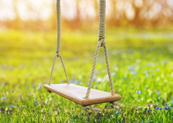 Child-tree-swing